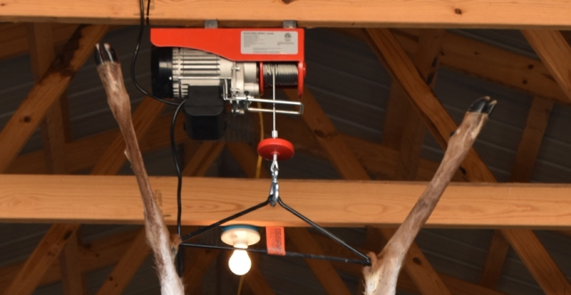 Hoists: Equipment to Hang and Age Your Wild Game Animals