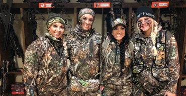 """Passionate Hunters or Social Media Posers: Hunting Competition Series """"For Love or Likes"""" Puts Huntresses To the Test"""